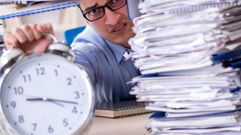 「過労死ライン」超過の時間外労働月160時間のはじまり